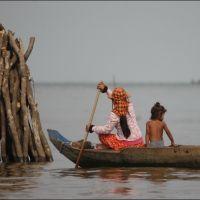 028-Камбоджа-озеро-Тонле-Сап-плавучая-деревня