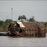 032-Камбоджа-озеро-Тонле-Сап-плавучая-деревня